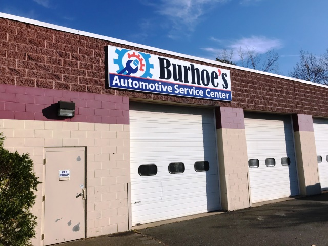 Burhoe's Automotive Service Center Exterior