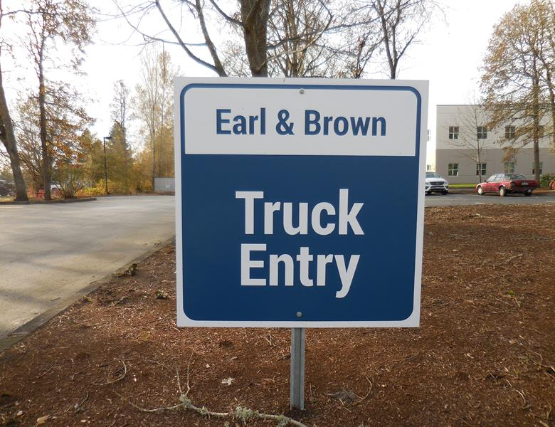 Truck Entry Signs